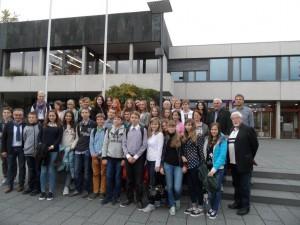 Ade Baienfurt! - Brester Schüler eingerahmt von Würdenträgern (SAM_6826)