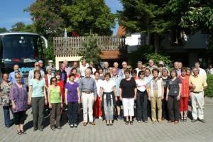 Chor Graupa vor der Unterkunft 'Hubertus Berg' - Abschied (DSC07631)